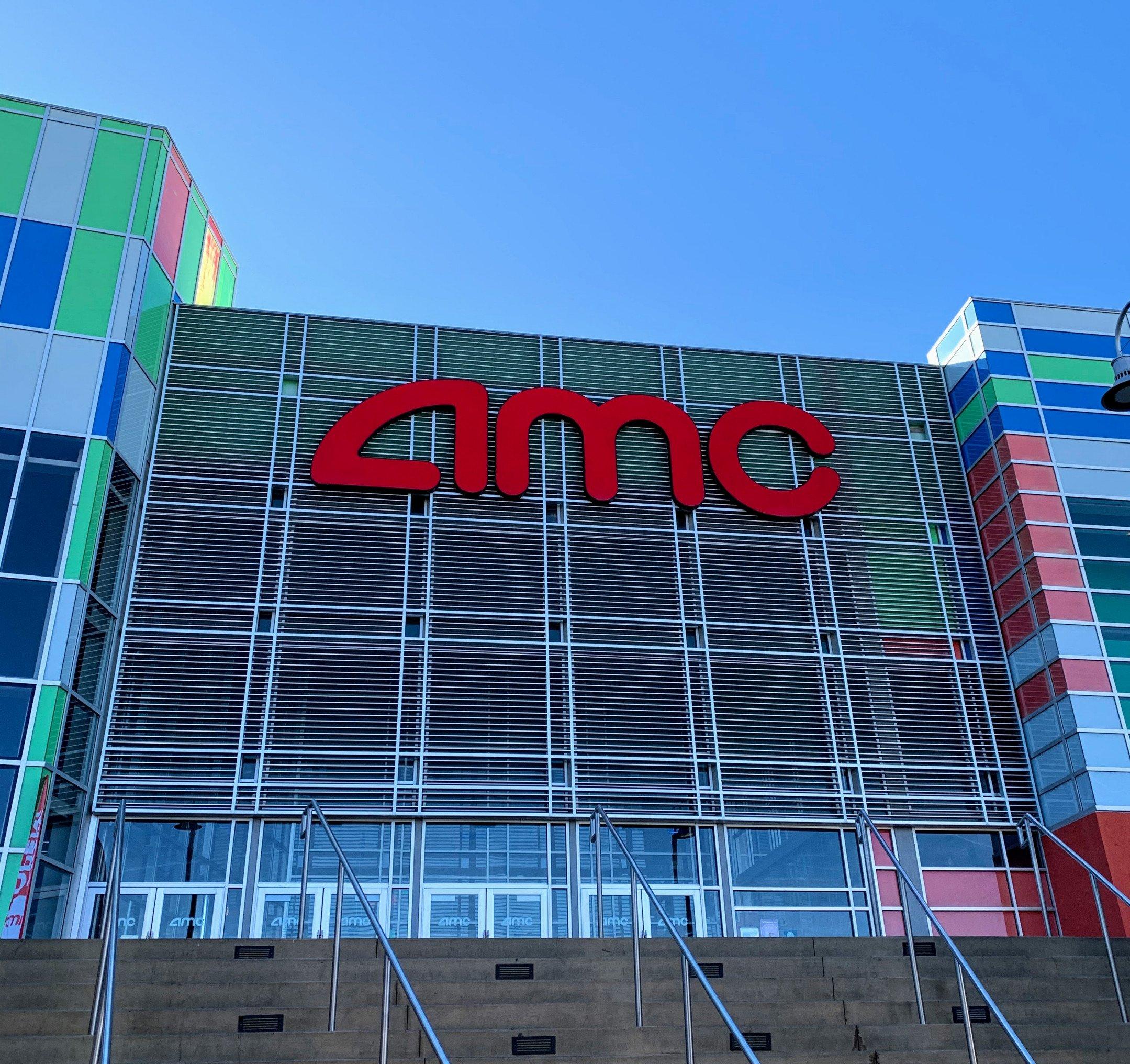 AMC Town Square 18