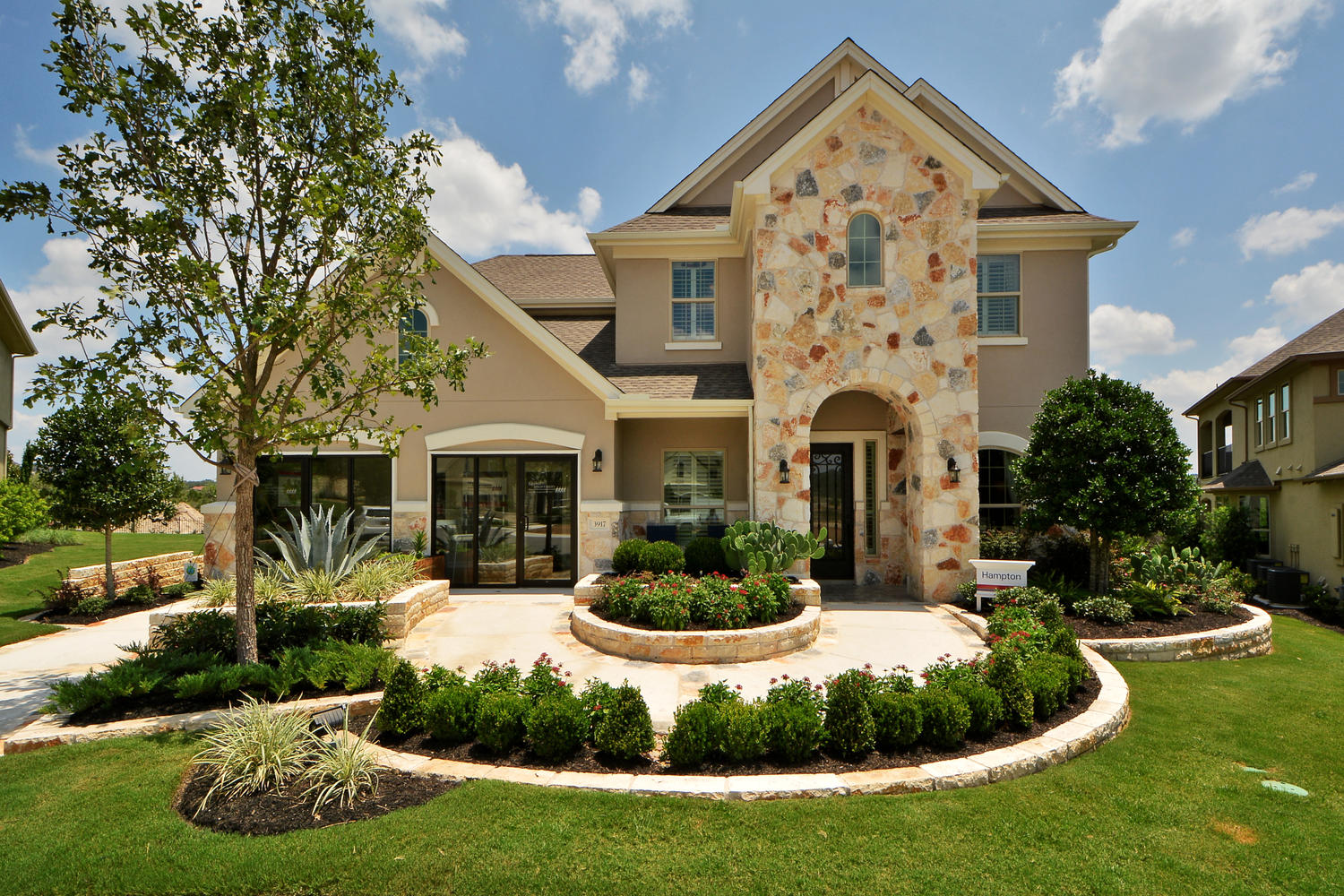 Click on image to view virtual tour of the Hampton Floor Plan available at Travisso Siena Collection in Leander, TX