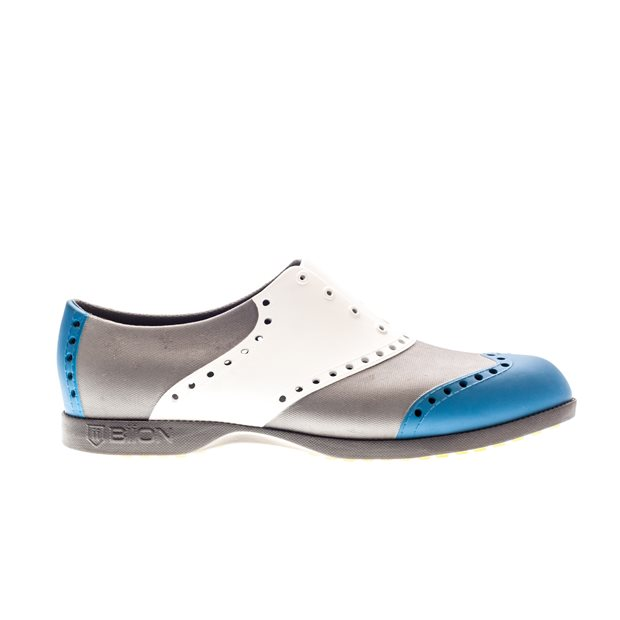 Biion Wingtips Spikeless Shoes
