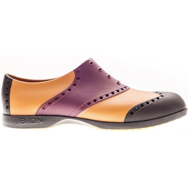 Biion Wingtips Spikeless Shoes
