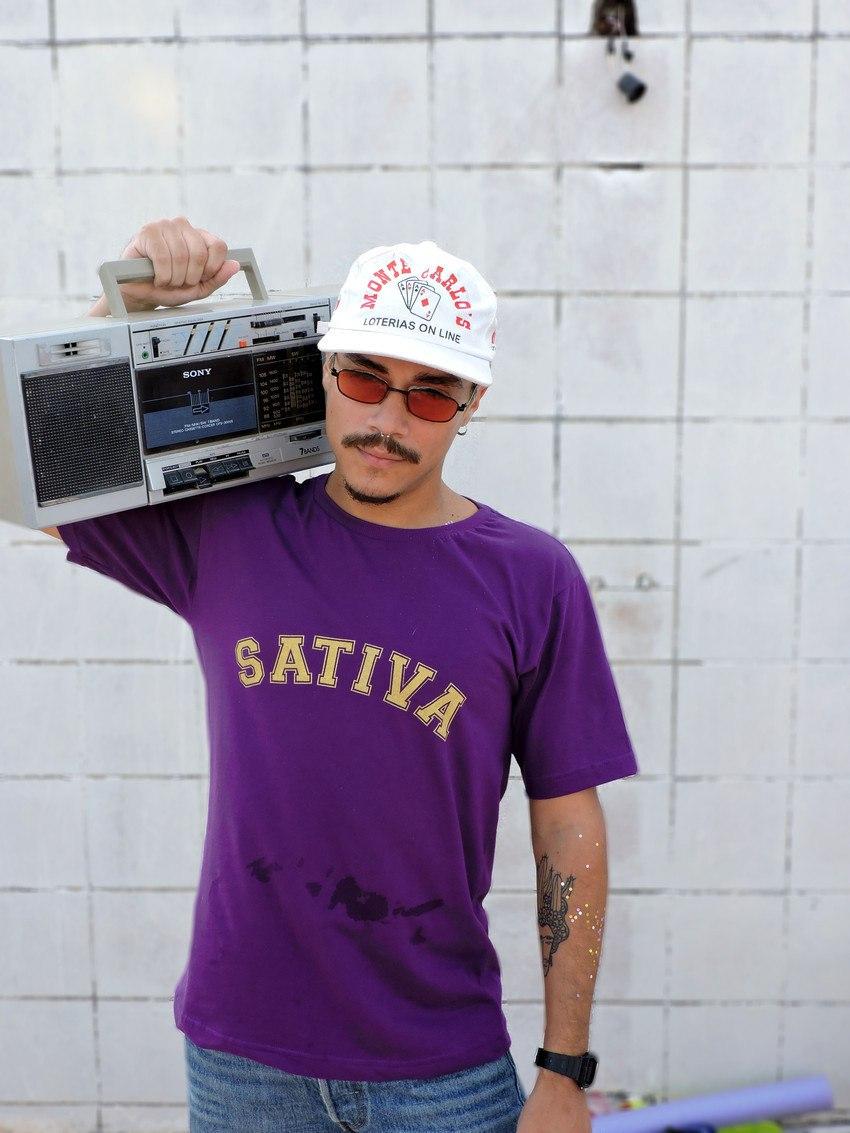 T-shirt Sativa