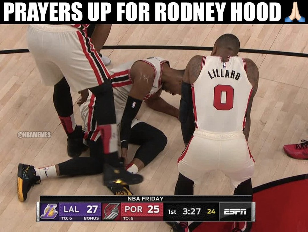 We're all wishing Rodney Hood a quick recovery. 🙏  Unfortunate non-contact incident (similar time KD): (Full story in link in bio)  #nba #nbamemes #blazers #blazersnation #rodneyhood #basketball