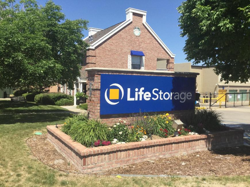 Life Storage entrance