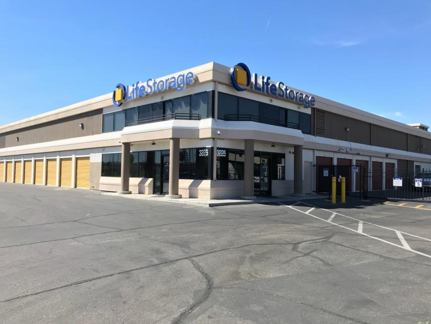 Clutter Top 7 Cheapest Self Storage Units In Las Vegas