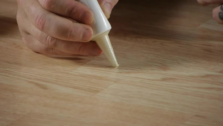 How To Remove Scratches U0026 Ses On Laminate Flooring - How To Remove Candle Wax Off Wood Floors Carpet Awsa