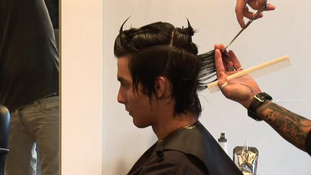 Wondrous Video Instructions For Cutting Men39S Hair Ehow Short Hairstyles Gunalazisus