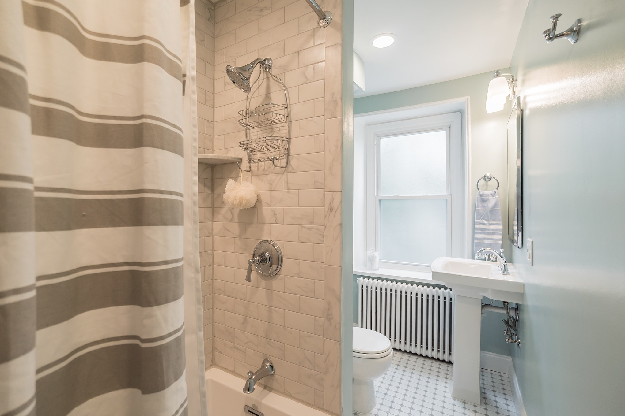 Awesome Gay Bathroom Interior