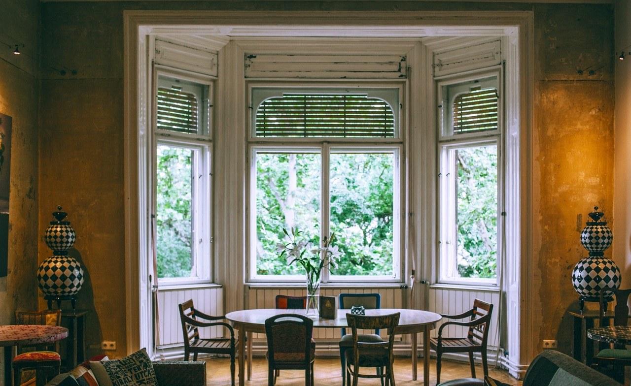 older-homes-lead.jpg?mtime=20201229142712#asset:37576