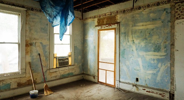 what to look for when buying a house: signs of a bad flip