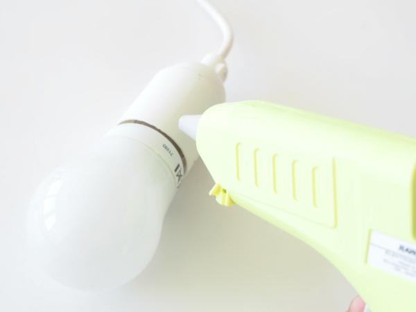 Tự chế chụp đèn hoa tuylip từ vải sợi - 11