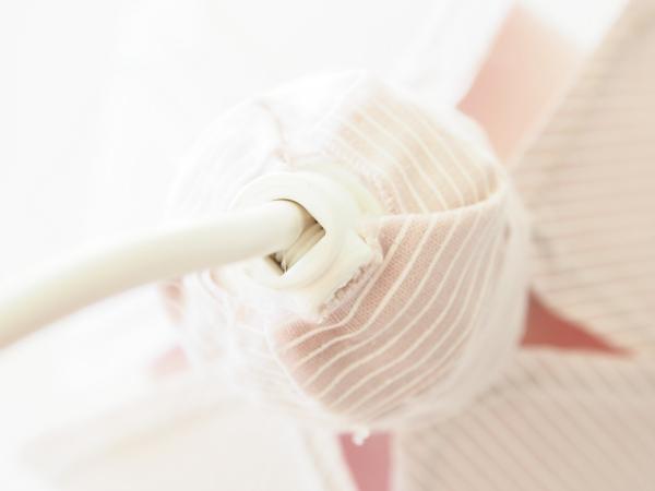 Tự chế chụp đèn hoa tuylip từ vải sợi - 17