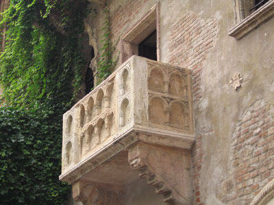 Juliet's House (La Casa di Giulietta), once owned by the Dal Cappello, or Capulet, family.