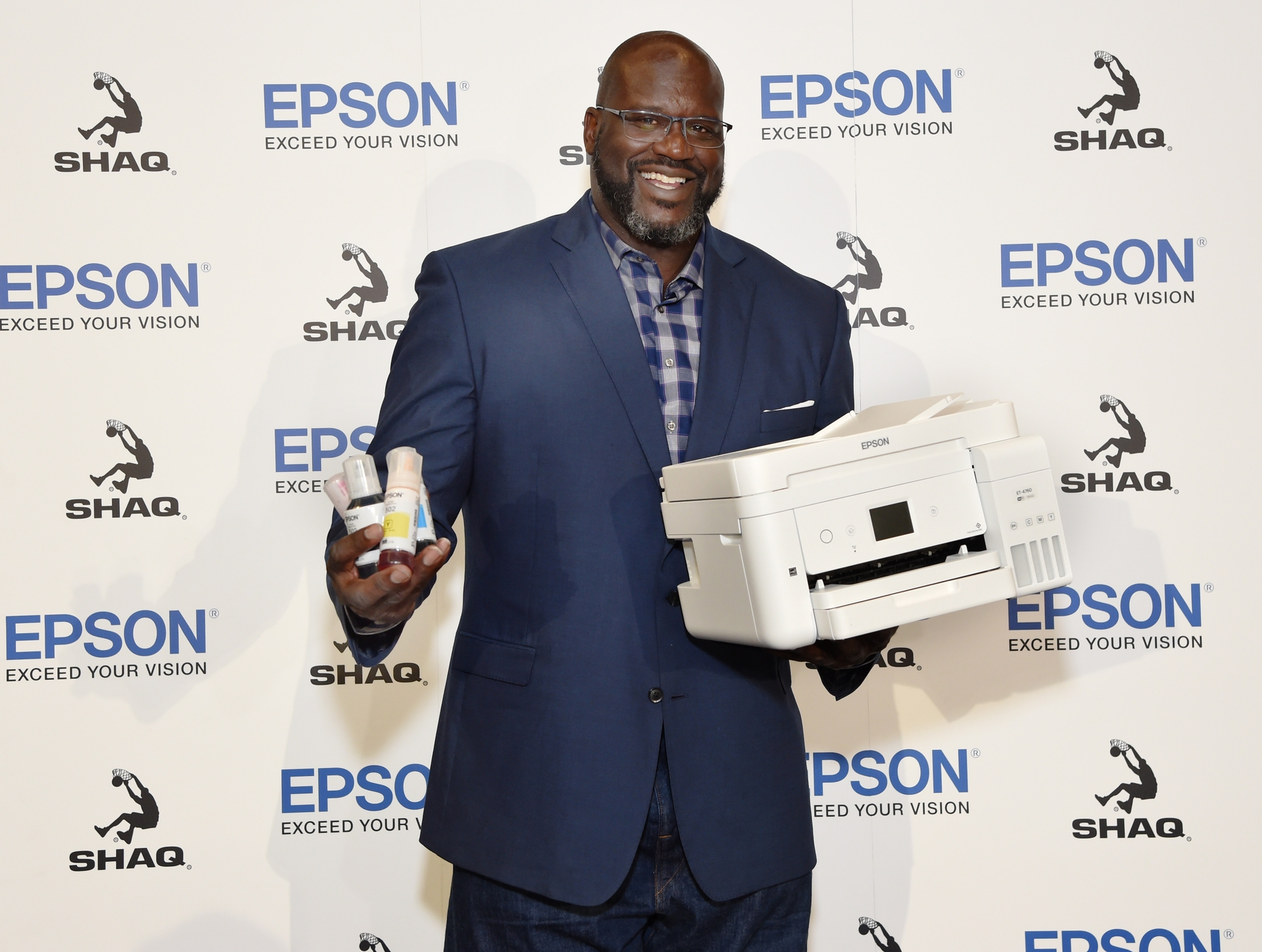 Epson July 9 Media Event_Shaquille ONeal with EcoTank_Image 1