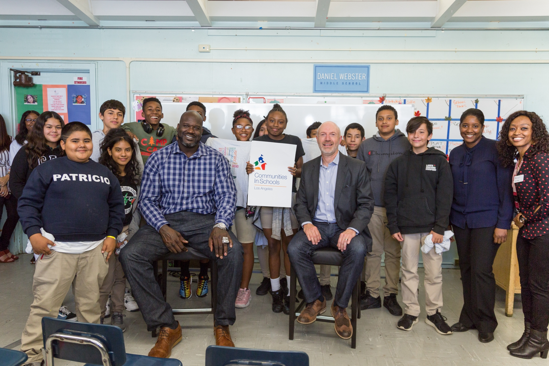 Shaquille ONeal and Keith Kratzberg with Daniel Webster Middle School Students_CISLA Event 20191011_201910141758