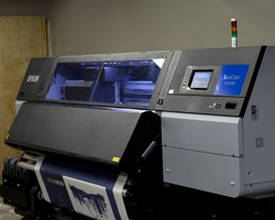 Print-on-Demand Manufacturer Finds Increased Productivity with Epson Industrial Dye-Sublimation Solutions