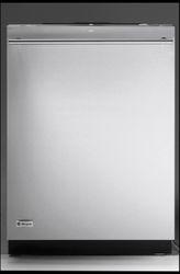 GE Monogram® Dishwasher (Model ZDT870SSF)
