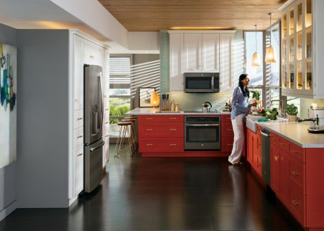 No Matter The Color Scheme Ge S Slate Finish Appliances
