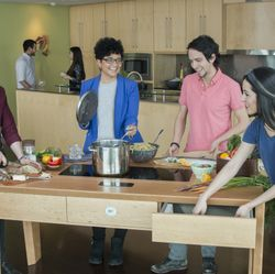 GE's FirstBuild™ Unveils Its Social Appliance, The Louisville Table