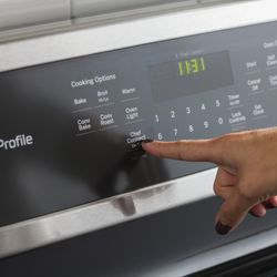 GE Further Automates the Kitchen with Bluetooth-Connected Range Line Up and Over-the-Range Microwave