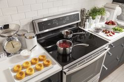 Edge-to-Edge Induction Cooktop