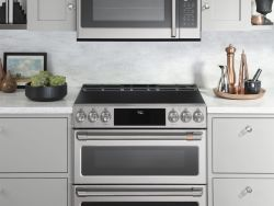 CAFÉ Introduces First-Ever Customizable Stainless to Professional Collection of Appliances