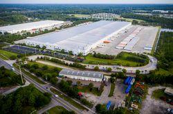 Exterior of GE Appliances Smart Distribution Center in Jacksonville, FL