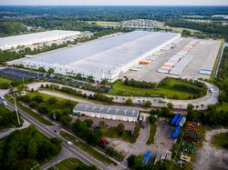 Exterior of GE Appliances Smart Distribution Center in Jacksonville, FL