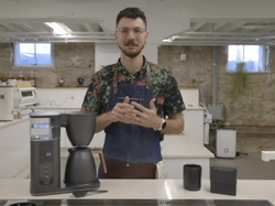 Elika Liftee, the 2020 US Brewer's Cup winner and barista trainer at Onyx Coffee Lab, outlines the customizable settings on the new CAFÉ Specialty Drip Coffee Maker