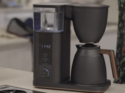 """Elika Liftee, the 2020 US Brewer's Cup winner and barista trainer at Onyx Coffee Lab, talks SCA """"Gold Cup"""" certification for the new CAFÉ Specialty Drip Coffee Maker"""