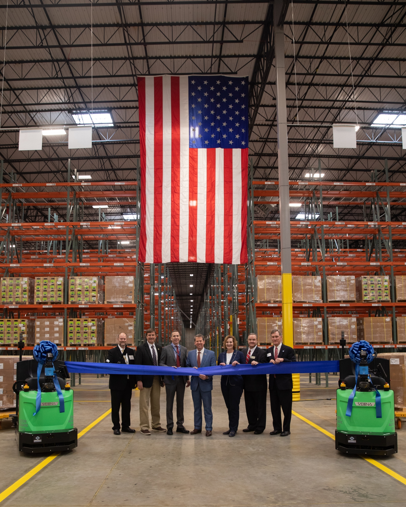 Gov Kemp and GEA officials open the Southern Logistics Center