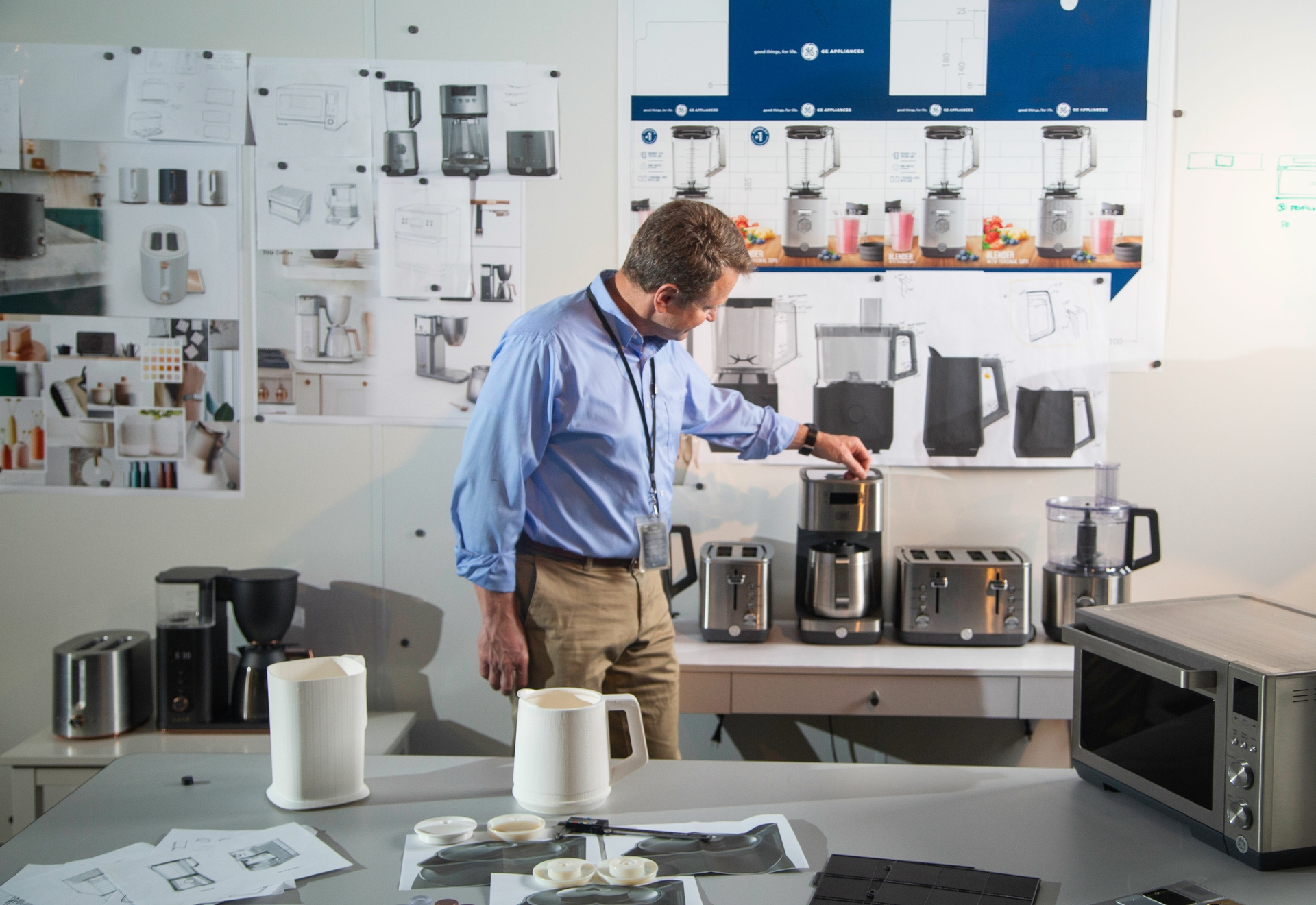 Engineering Director Sam DuPlessis Reviews Products within the 2020 Small Appliances Launch