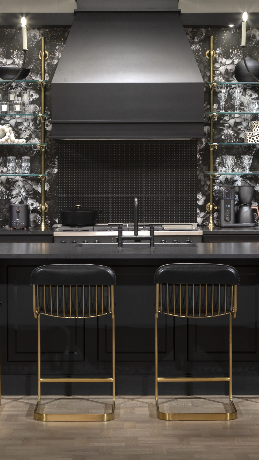 CAFÉ Midnight Luxe Kitchen: KBIS 2021