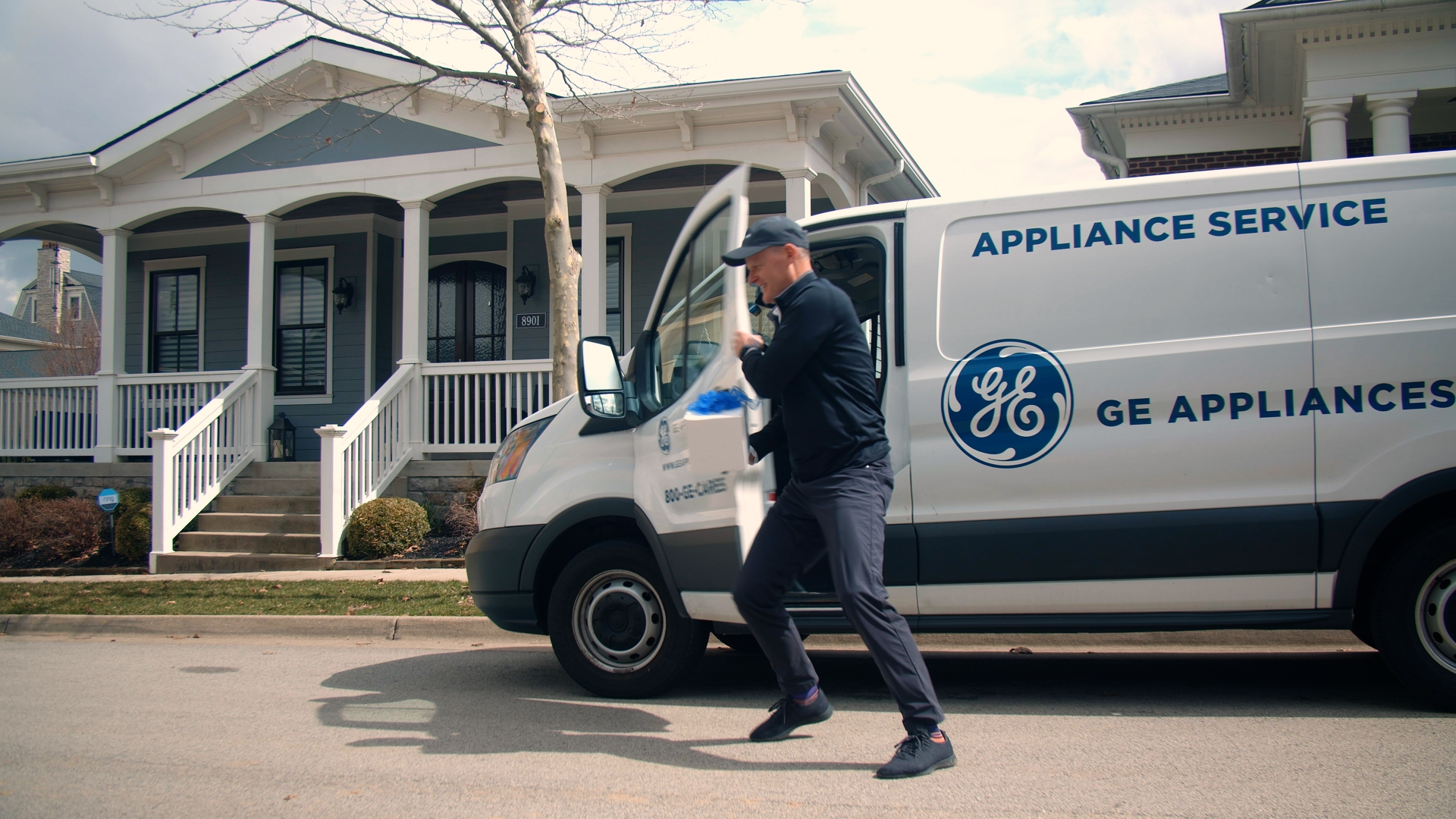 #AirFryApril--Rick Hasselbeck, CCO of GE Appliances, Delivers Hot Air