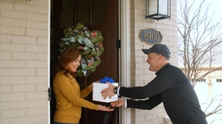 #AirFryApril--Rick Hasselbeck, CCO of GE Appliances, Personally Delivered Hot Air to Consumers