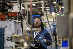 A Monogram  employee works on GE Zoneline® Ultimate V10™ assembly line