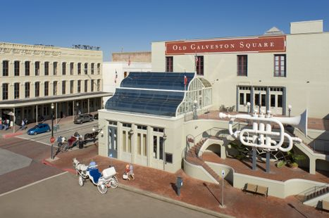 Old Galveston Square (day)