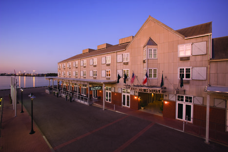 Harbor House Hotel & Marina