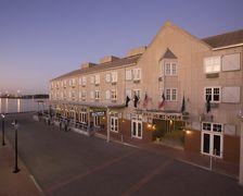 Harbor House Hotel & Marina