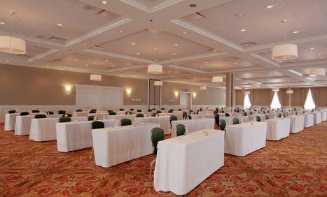 Tremont Ballroom (Classroom Style Setup)