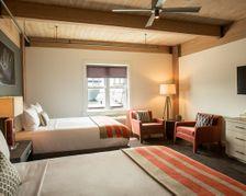 Harbor Double Queen Room
