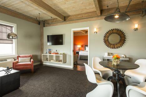 Harbor Suite Sitting Room