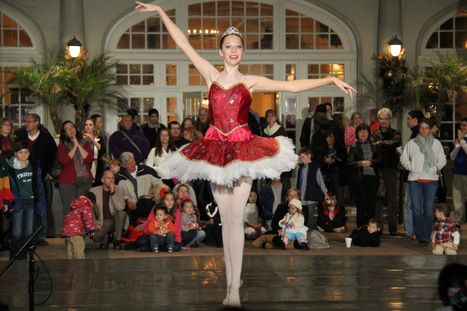 Galveston Ballet to Perform at Holiday Lighting