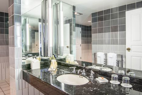 Guest_Room_Bath