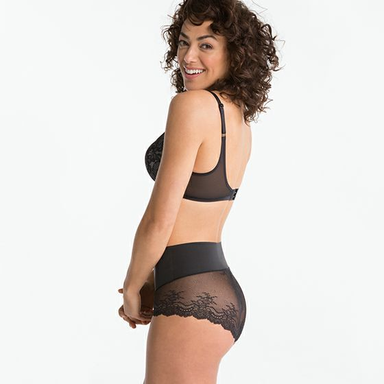 SPANX Undie-tectable Lace Cheeky