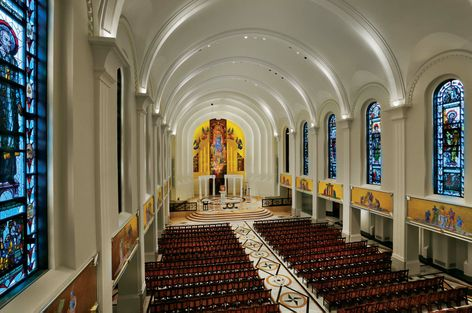 GE lamps helps reveal the beauty of the recently renovated Madonna della Strada Chapel at Loyola University.