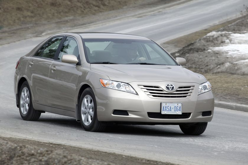 2008 Toyota Camry LE 01