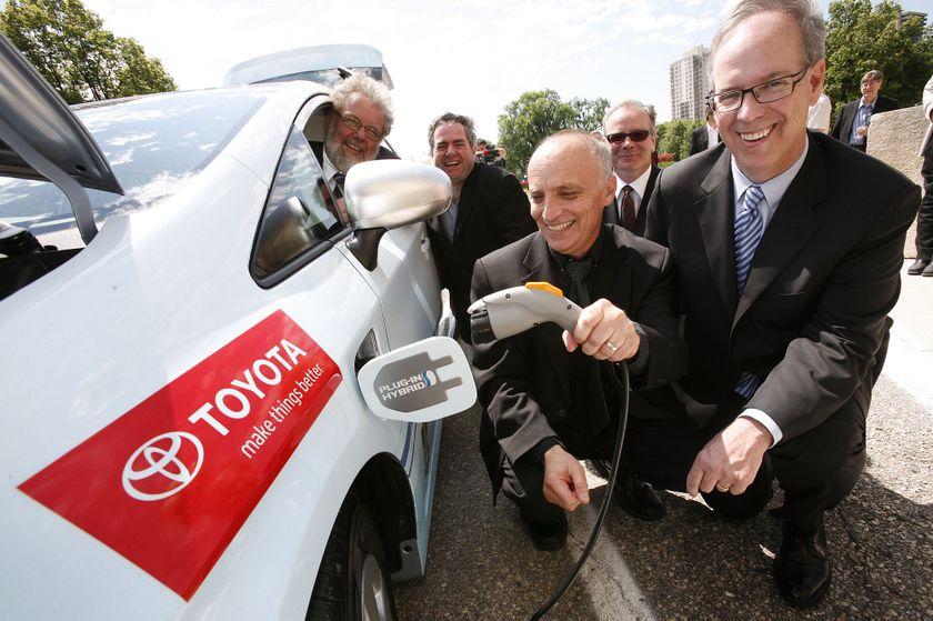 3 Toyota Prius Plug-in Hybrid in Winnipeg 7