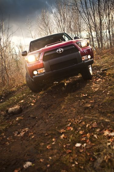 2010 Toyota 4Runner Trail 17