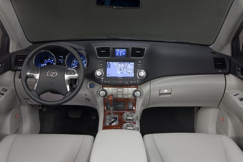 2011 Toyota Highlander Hybrid Interior