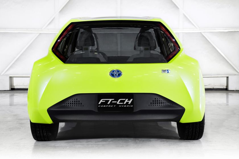 Toyota FT-CH Hybrid Concept 04
